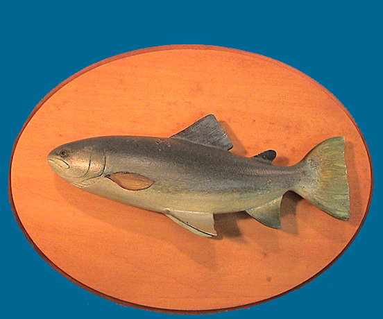 Thomas Cain Salmon carving